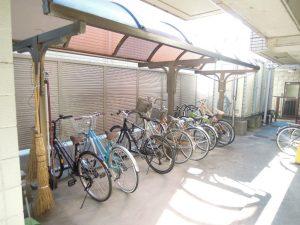 小田急線和泉多摩川駅徒歩2分、狛江市東和泉3丁目のオートロック付2DK駐輪場